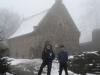 Im Burghof vor der Burgkapelle